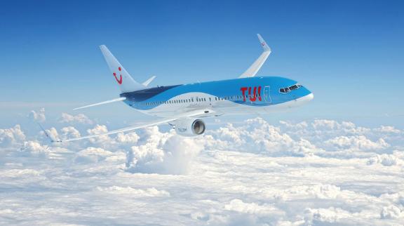 Avion TUI FLY